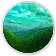 Rolling Hills Of Italy Round Beach Towel