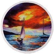 Romancing The Sail Round Beach Towel