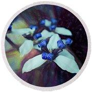 Romantic Island Lilies In Blues Round Beach Towel