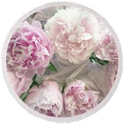 Romantic Shabby Chic Pastel Pink Peonies Bouquet - Romantic Pink Peony Flower Prints Round Beach Towel