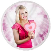 Romantic Woman With Heart Shape Valentine Card Round Beach Towel