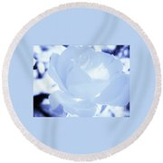 Rose In Light Blue And White Round Beach Towel