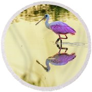 Roseate Spoonbill At Sunrise Round Beach Towel