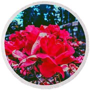 Roses At Mont Alto Round Beach Towel