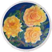 Roses In Yellow Round Beach Towel