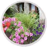 Rothenburg Flower Box Round Beach Towel