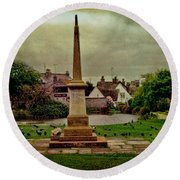 Rottingdean War Memorial And Village Common Round Beach Towel