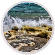 Rough Seas At Blowing Rock Round Beach Towel