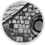 Round Window - Black And White Round Beach Towel