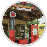Route 66 - Shea's Gas Station Round Beach Towel