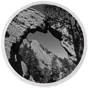 Royal Arch Trail Arch Boulder Colorado Black And White Round Beach Towel