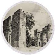 Ruins At Jamestown Round Beach Towel