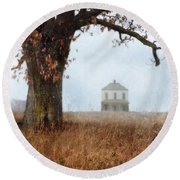 Rural Farmhouse And Large Tree Round Beach Towel