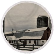 Rural Winter Round Beach Towel