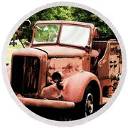 Rusted Mack Fire Engine Round Beach Towel
