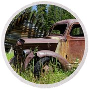 Rusted Truck Round Beach Towel