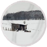 Rustic Shed In The Winter Round Beach Towel