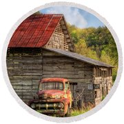 Rusty Ford At The Barn Round Beach Towel