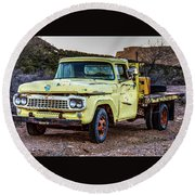 Rusty Old Work Truck Round Beach Towel
