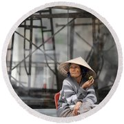 Saigon Lady Round Beach Towel