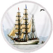 Europa And Adirondack Round Beach Towel