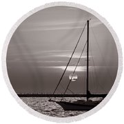 Sailboat Sunrise In B And W Round Beach Towel