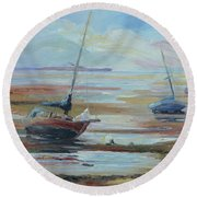Sailboats At Low Tide Near Nelson, New Zealand Round Beach Towel