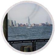 Sailing The Hudson River 1 Round Beach Towel