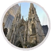 Saint Patrick's Cathedral Round Beach Towel
