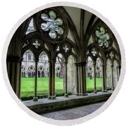 Salisbury Cathedral Cloisters Round Beach Towel