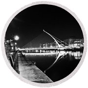 Samuel Beckett Bridge 2 Bw Round Beach Towel