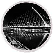 Samuel Beckett Bridge 5 Bw Round Beach Towel