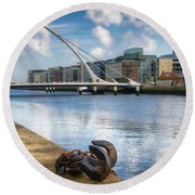 Samuel Beckett Bridge, Dublin, Ireland Round Beach Towel
