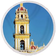 San Pedro Church Tower Round Beach Towel