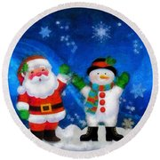 Santa And Frosty Painting Image With Canvased Texture Round Beach Towel