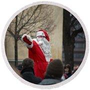 Santa Says Hello Round Beach Towel