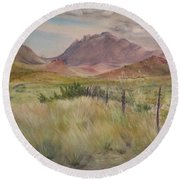 Saw Tooth Mountain Round Beach Towel