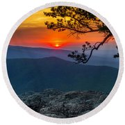 Scarlet Sky At Ravens Roost Panorama I Round Beach Towel