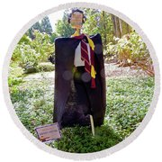Scarry Potter Scarecrow At Cheekwood Botanical Gardens Round Beach Towel