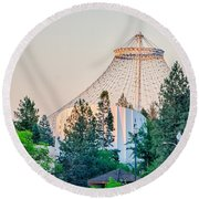 Scenes Around Spokane Washington Downtown Round Beach Towel