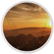Scenic Sunset Over Hollywood Hills Round Beach Towel