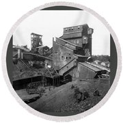 Scranton Pennsylvania Coal Mining - C 1905 Round Beach Towel