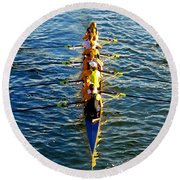 Sculling Women Round Beach Towel
