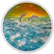 Sea In Action Round Beach Towel