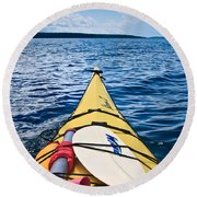 Sea Kayaking Round Beach Towel