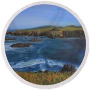 Sea Ranch In Spring Round Beach Towel