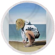 Sea Shells On The Beach Round Beach Towel