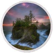 Sea Stack With Trees Of Oregon Coast Round Beach Towel