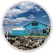 Seafood On The River  Round Beach Towel