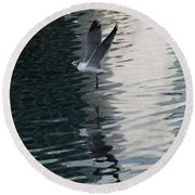 Seagull Reflection Over Blue Bay Round Beach Towel